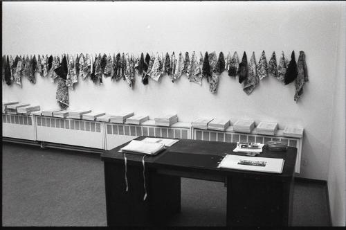 Afbeelding 3. De collectie M.H.K. in het Museum voor Schone Kunsten van Bergen, 1983.