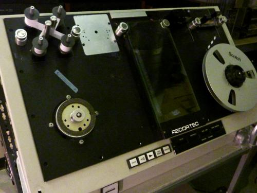 A recortec cleaning machine for magnetic tapes. Photo: PACKED vzw
